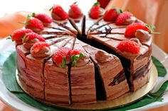 Chocolate and Strawberries Cake: A delicious, decadent dessert with the world's best combination: chocolate and strawberries. Chocolate Yogurt, Homemade Chocolate, Chocolate Pudding Recipes, Chocolate Desserts, Chocolate Cake, Food Cakes, Strawberry Cake Recipes, Bulgarian Recipes, Decadent Cakes