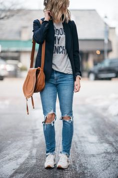 The Perfect Blazer My One Regret spring style outfit idea how to wear a blazer mom jeans casual outfit mom style chloe bag levis j crew Spring Fashion Outfits, Fall Outfits, Casual Outfits, Style Fashion, Woman Fashion, Fall Fashion, Black Blazer Outfit Casual, Fashion Clothes, Navy Blazer Outfits