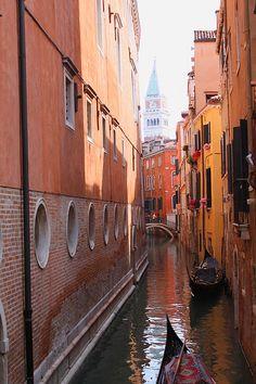 Rio di San Salvador, Venice