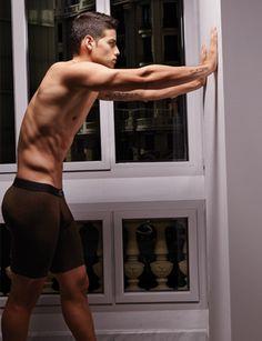 EstiloDF » James Rodríguez modela su nueva línea de ropa
