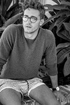 Portfolio Update: Will Higginson Poses for Pat Supsiri Men's Haircuts, Men's Hairstyles, Haircuts For Men, Hair And Beard Styles, Curly Hair Styles, Men Eyeglasses, Curly Hair Men, Hommes Sexy, Poses For Men