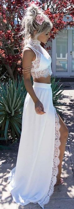 summer outfits White Lace Top + White Maxi Skirt
