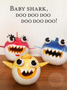handmade Jack o' Lanterns of painted pumpkins to look like Baby Shark, Mommy Shark, and Daddy Shark with lettering saying Baby Shark, doo doo doo doo doo doo! and daddy Baby Shark and Family Jack o' Lanterns DIY Shark Halloween, Halloween Jack, Halloween Crafts, Holiday Crafts, Halloween Pumpkins, Halloween 2019, Halloween Ideas, Holiday Ideas, Halloween Decorations