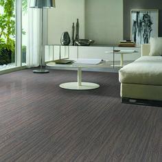 Planchettes de vinyle - Une option de choix pour planchers commerciaux ou résidentiels.