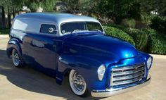 Chevy Suburban - This is the '48 Suburban that was the prototype for the HHR.