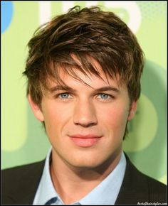 He bangs  Haircut/ hairdressing ideas for stylish guys
