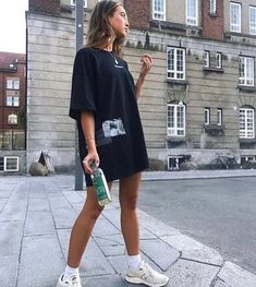 Here is the Best Cutest Summer Outfits to Try Now. When the summer comes, you need to change your outfit from the season before as it w. Fall Fashion Outfits, Swag Outfits, Cute Outfits, Style Fashion, Grunge Fashion, Trendy Outfits, Luxury Fashion, Fashion Dresses, Womens Fashion
