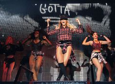 Beyonce: The Mrs. Carter Show World Tour Palau Sant Jordi Barcelona Spain Photo Credit: Robin Harper Queen Bee Beyonce, Beyonce And Jay Z, Fc Barcelona, Cute Celebrities, Celebs, Michael Jackson Wallpaper, It's All Happening, Mrs Carter, Blue Ivy