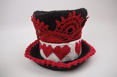 Alice in Wonderland Crochet Top Hat Gallery Crochet Cup Cozy, Crochet Crowd, Form Crochet, Knit Or Crochet, Crochet Crafts, Crochet Toys, Crochet Projects, Crochet Patterns, Crochet Ideas