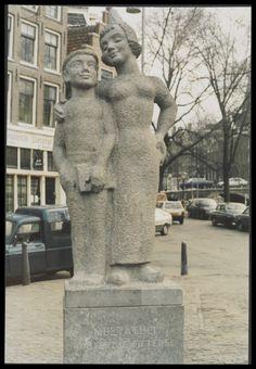 Amsterdam: het standbeeld van Woutertje Pieterse op de Noordermarkt