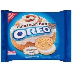 Oreo Debuts New Cinnabon Bun-Flavored Cookies Cinnamon Bun Oreos, Cinnamon Cookies, Cinnamon Rolls, Weird Oreo Flavors, Cookie Flavors, Different Oreo Flavors, Oreo Cookies, Oatmeal Cookies, Yummy Cookies