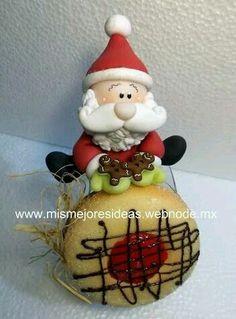 . Christmas Pasta, Polymer Clay Christmas, Noel Christmas, Diy Christmas Ornaments, Christmas Decorations, Polymer Clay Ornaments, Handmade Polymer Clay, Clay Jar, Cute Clay