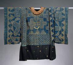 Africa | Prestige Gown Cameroon, Grassfields region | ca. 19th–20th century | Cotton, wool
