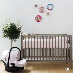 Cool babyroom #decoration #baby #babyshop #instadecor #cool #kids #family #maxicosi #pinkspike #cover #barcelona #cuna #fashionbaby #babyclothes #cute #beautiful #itsagirl #waiting #pregnant #fashion #pretaporter #trendy #love #smile #bugaboo #strollercover #carseatcover