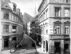 Nikolaikirchgasse Berlin ca. 1885 - Friedrich Albert Schwartz – Wikimedia Commons