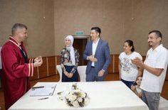 İşaret dili ile İşitme Engelli Çift Evlendi Website