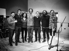 Se viene nuevo material de @luzbuena.cumbia #rec #recording #studio #music #piano #pianoplayer #keyboard #keyboardplayer #producer #musicproducer #roland #gopro #gopromusic #luzbuena #cumbia #cuencastudio #camaronbrujo #recordex