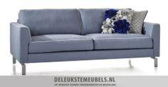 Deze bank Medelin van het merk Henders & Hazel is een lust voor het oog. Uitgevoerd in river blauw. Een stof met een luxe en verfijnde uitstraling en geschikt voor intensief woongebruik. Een mooi detail zijn de chromen pootjes! Snel leverbaar. http://www.deleukstemeubels.nl/nl/medelin-3-zits-bank/g6/p1431/