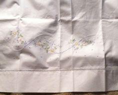 Sferra Sweet William STANDARD Pillowcase White with Pastel Embroidery New  #SFERRA