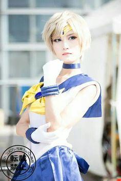Sailor Uranus cosplay