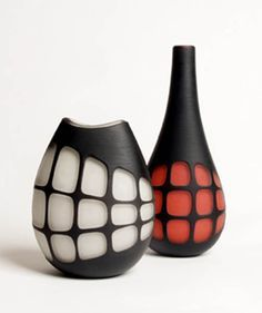 Hotham Street Contemporary: Anu PENTTINEN Magnitude 11 (Black/Red) Glass