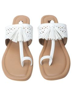 f9552c7aec07 23 Best Kolhapuri Chappals For Women images in 2019