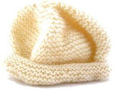 Easy knit hat patterns are perfect for baby. Keep your little angel's head warm with these free knitting patterns. Knitted baby hats are a quick project and they're extra cute, so make one today! Baby Knitting Patterns, Baby Hat Patterns, Baby Hats Knitting, Easy Knitting, Knitting For Beginners, Kids Knitting, Knitting For Charity, Jumper Patterns, Creative Knitting