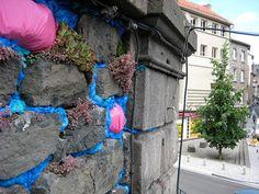 By Michael McGillis Infiltrations 2008 Plastic grocery bags. Chemin d'Art, Saint Flour, France Land Art, Environmental Art, Installation Art, Art Installations, Landscape Art, Urban Art, Cool Art, Graffiti, Street Art