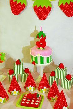 ideas for Matisse's Strawberry Shortcake party!More ideas for Matisse's Strawberry Shortcake party! Dessert Table Birthday, Birthday Desserts, Birthday Cake Girls, First Birthday Parties, Birthday Party Themes, First Birthdays, Birthday Ideas, Strawberry Shortcake Birthday Cake, Vintage Strawberry Shortcake