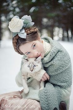 This is a beautiful portrait with pet. The colors are incredible.