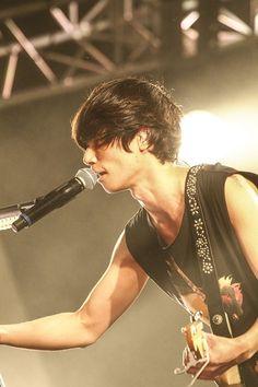 12/27 FM802 RADIO CRAZY [Alexandros]|フォトアルバム|FM802 Rock Festivals, Reasons To Live, Japanese, Album, Shit Happens, Guys, Concert, Musicians, Travel