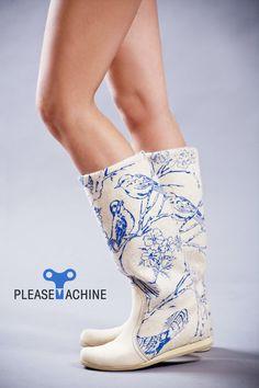 Superbe bottes de feutre / russe bottes de feutre avec imprimé oiseaux. €165,00, via Etsy.