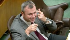 Candidato alle presidenziali austriache per il Partito della Libertà (FPÖ).