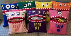Sewing Pillows Looking for your next project? You're going to love FEED ME Monster Pillow by designer pegsgottado. Fleece Projects, Sewing Projects For Kids, Crafty Projects, Sewing For Kids, Diy Projects To Try, Crafts For Kids, Sewing Ideas, Cute Pillows, Diy Pillows