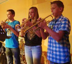 Martijn, José en Eldrick in actie tijdens een voorspeelavond met steeds uitdagender repertoire.