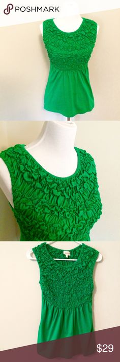 Anthropologie Deletta green gathered stretchy top Make an offer! No trades. Bundle and save! Anthropologie Tops Blouses