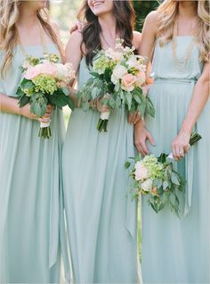 mint bridesmaid dresses #bridesmaids #mint #weddingchicks http://www.weddingchicks.com/2014/03/14/free-printables-2/