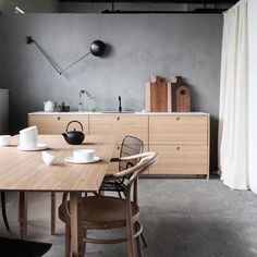 How lovely is this wooden Norwegian kitchen in the studio of @askogeng ? The second time I've had serious studio envy the space of a week!! ✨  @avenue.design.studio #kitchendesign #kitcheninspo #interiorinspo | SnapWidget