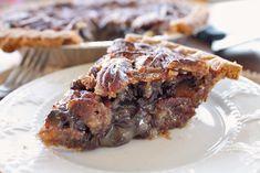 Chocolate Pecan Pie ~ http://reallifedinner.com