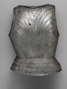 Probably by Francesco Negroli (Italian, died before December 1519). Backplate, ca. 1505–10. The Metropolitan Museum of Art, New York. Purchase, Arthur Ochs Sulzberger Gift, 2014 (2014.154) | This work is featured in our Arms and Armor Notable Acquisitions 2003–2014 exhibition on view through December 6, 2015.