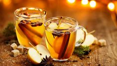 Warm up on a cold day with Hot Gold Apple Cider. This simple, steaming punch recipe uses rum, Goldschlager cinnamon schnapps, and apple cider. Mulled Apple Cider, Hot Apple Cider, Apple Cidar, Apple Cider Vinegar Remedies, Cider Cocktails, Food Log, Punch Recipes, The Dish, Holiday Recipes
