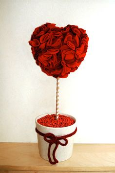 Queen of Hearts Felt Rose Topiary