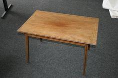 Oude mahoniehouten tafel met ingelegde rand - Bieden