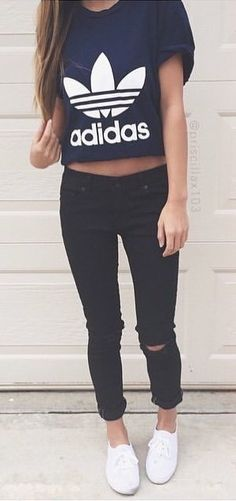 #fall #outfits Black Printed Crop Top + Black Ripped Skinny Jeans + White Pumps