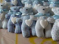 Crafting a plush teddy bear from fabric or felt - DIY @ Craft's Sewing Toys, Baby Sewing, Sewing Crafts, Sewing Projects, Felt Crafts, Fabric Crafts, Diy And Crafts, Fabric Animals, Fabric Toys