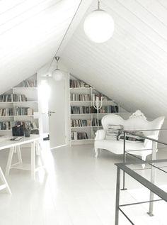 Een zolder is een ruimte waar je niet veel mee doet. Je zolder verbouwen tot slaapkamer is daarom echt een..