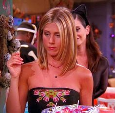 The Effective Pictures We Offer You About jennifer aniston icons A quality picture can tell you Jennifer Aniston Hair Friends, Jennifer Aniston Short Hair, Jennifer Aniston Workout, Jenifer Aniston, Rachel Green Hair, Rachel Hair, Rachel Green Style, Rachel Friends, Friends Tv