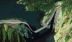 Un pont du comté d'Island, dans l'État de Washington aux États-Unis : les 15 routes les plus dangereuses du monde.