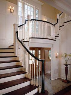 Home Decor Traditional Staircase. 階段のインテリアコーディネイト実例