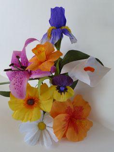 Patterns for Crepe Paper Flowers.. very easy http://www.ehow.com/slideshow_12288728_patterns-crepe-paper-flowers.html#slide=10